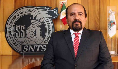 Lic. Rafael Ruvalcaba Aceves