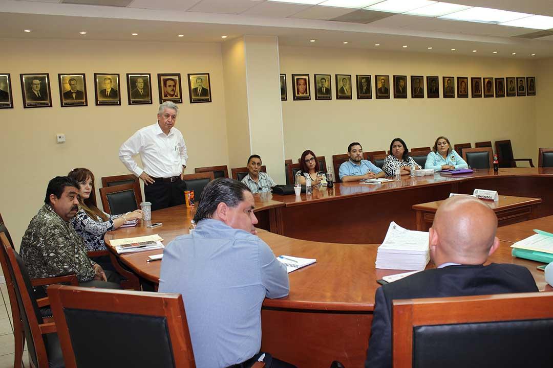 Las Delegaciones 33 y 34 se reúnen con Garza Ibarra